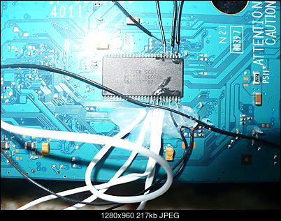 PS2 + Modbo760 - czarny ekran po wlutowaniu-p1100452.jpg