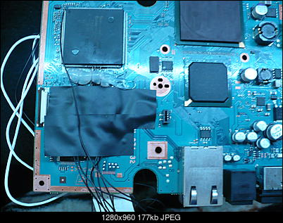 PS2 + Modbo760 - czarny ekran po wlutowaniu-p1100461.jpg