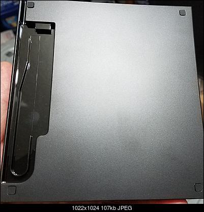 Logitec LBD-PUD6U3L\LBD-PVA6UCVBK Ultra HD Blu-ray-bottom.jpg