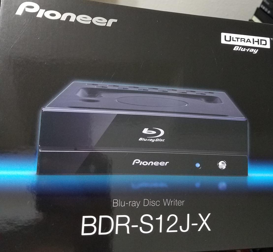 https://forum.cdrinfo.pl/attachments/f107/133695d1551679989-pioneer-bdr-s12j-bk-bdr-s12j-x-bdr-212-ultra-hd-blu-ray-box-front.jpg
