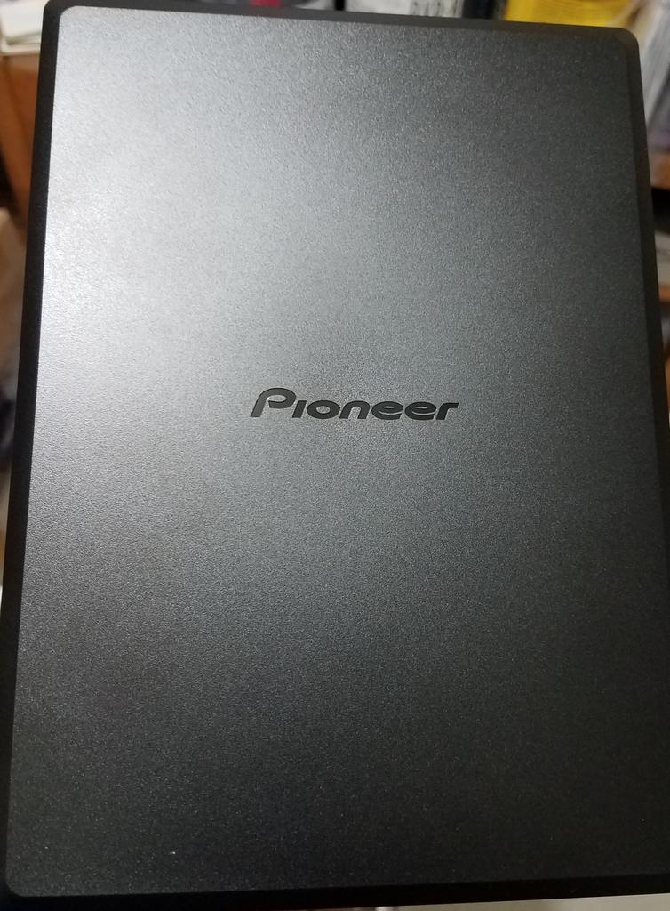 https://forum.cdrinfo.pl/attachments/f107/151922d1581908613-pioneer-bdr-x12jbk-bdr-x12j-uhd-drive-top.jpg