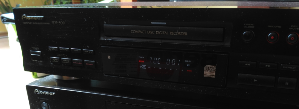Pioneer PDR-509 Compact Disc Recorder 1999r.-2018-05-14_15-19-36.png