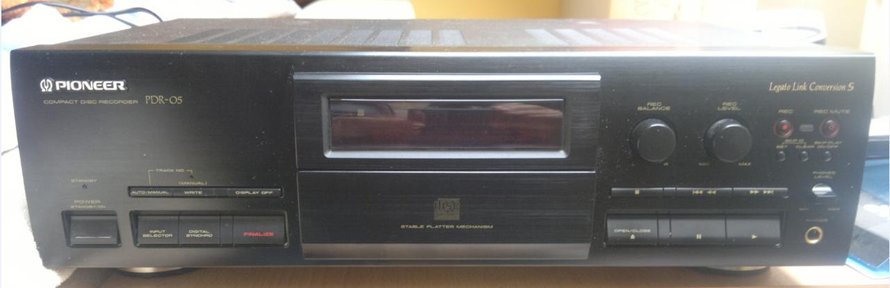 Pioneer PDR-05  Compact Disc Recorder 1995r.-2017-03-10_12-36-04.jpg