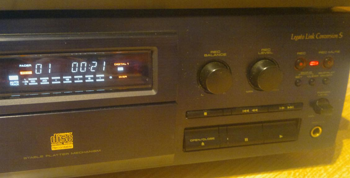 Pioneer PDR-05  Compact Disc Recorder 1995r.-2017-03-10_07-27-45.jpg