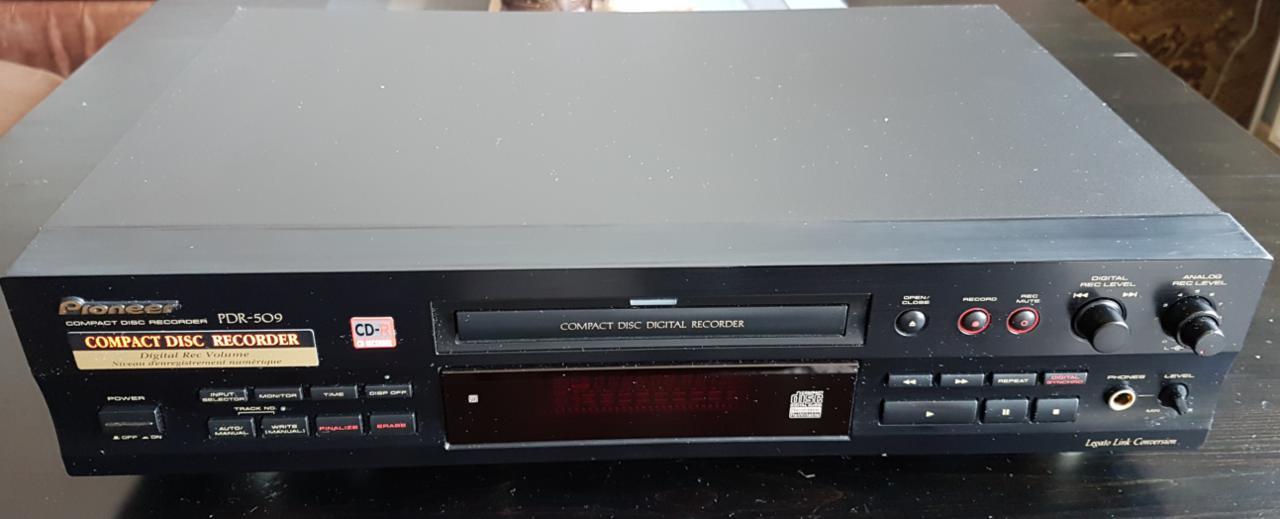 Pioneer PDR-509 Compact Disc Recorder 1999r.-przechwytywanie10.jpg