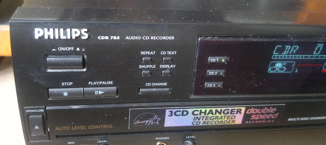 Philips CDR-785 Compact Disc Recorder 2001r.-4.jpg