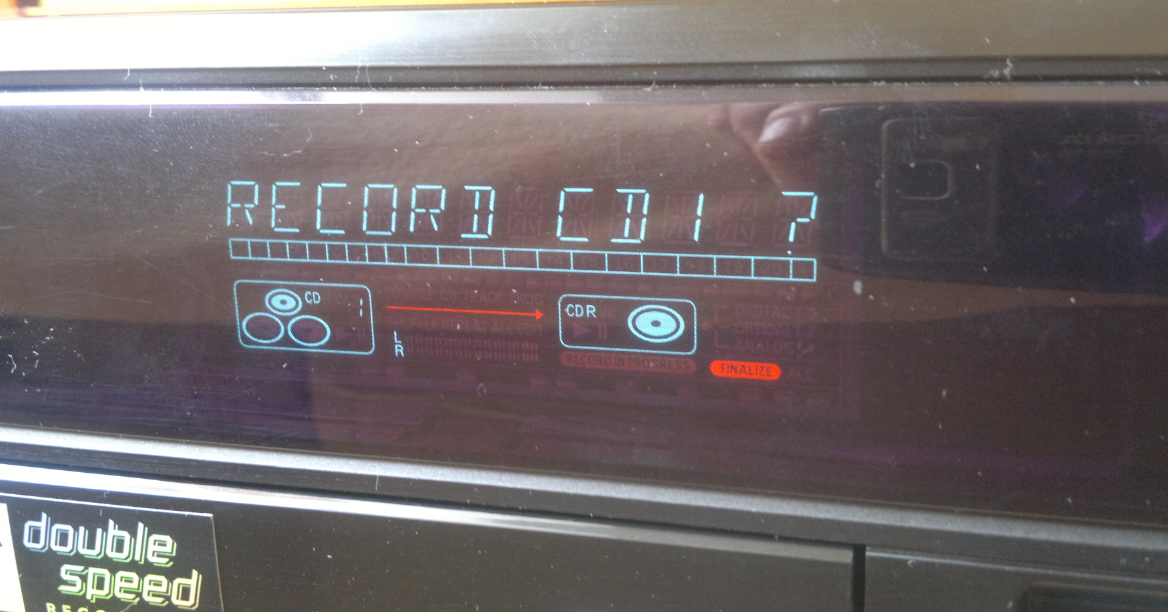 Philips CDR-785 Compact Disc Recorder 2001r.-7.png