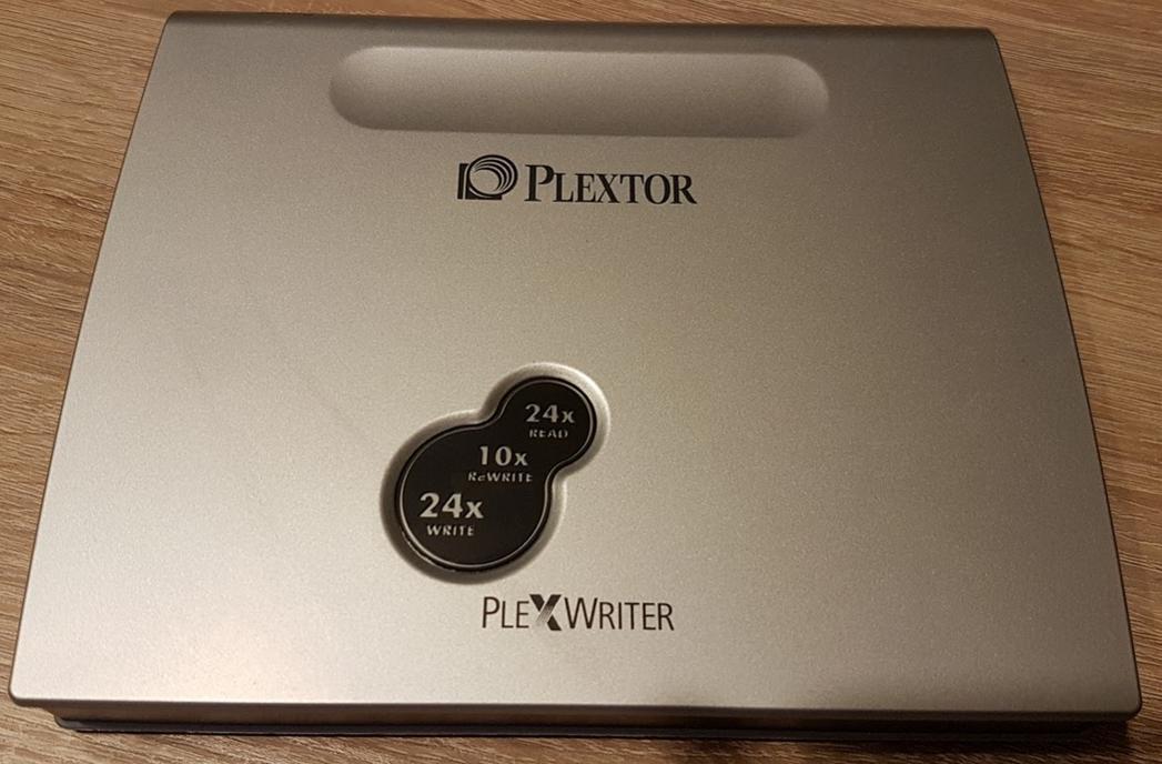 PLEXTOR CD-R   PX-S2410TU   2003r.-przechwytywanie01.jpg