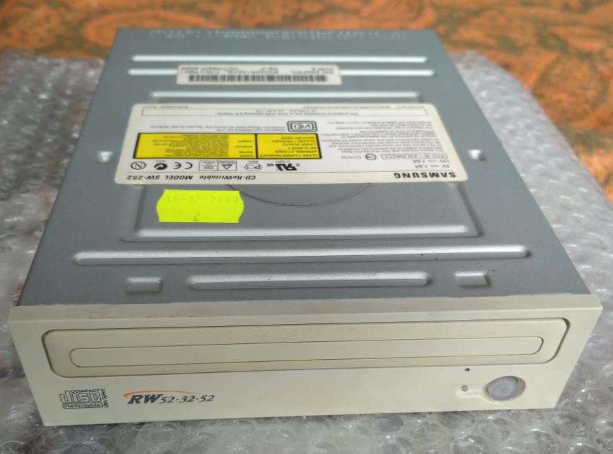 Samsung  SW-252F 2003r-2018-04-05_15-15-41.png