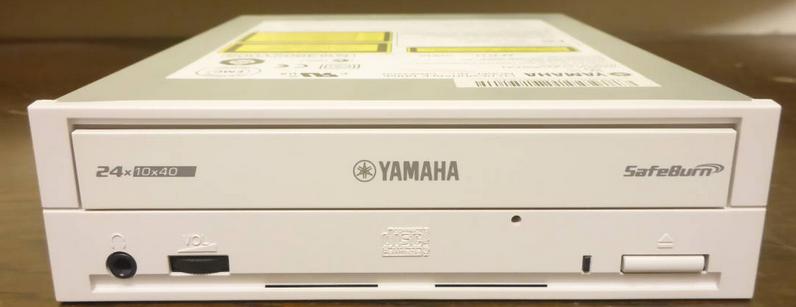 Yamaha CRW3200E 2001r.-2018-11-23_14-01-31.png