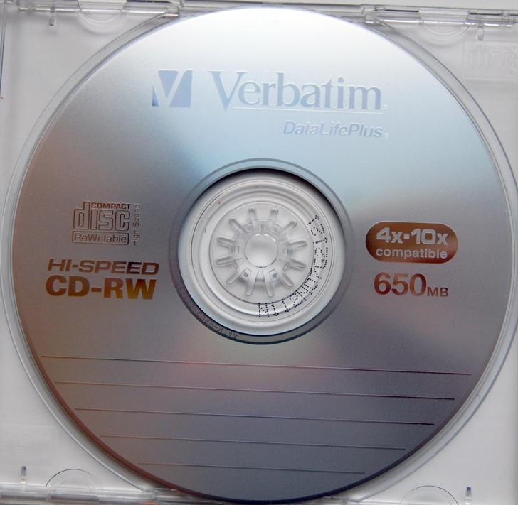 -003-verbatim-cd-rw-hi-speed-4-10x-scratch-resistant-surface-650-mb-disc.png
