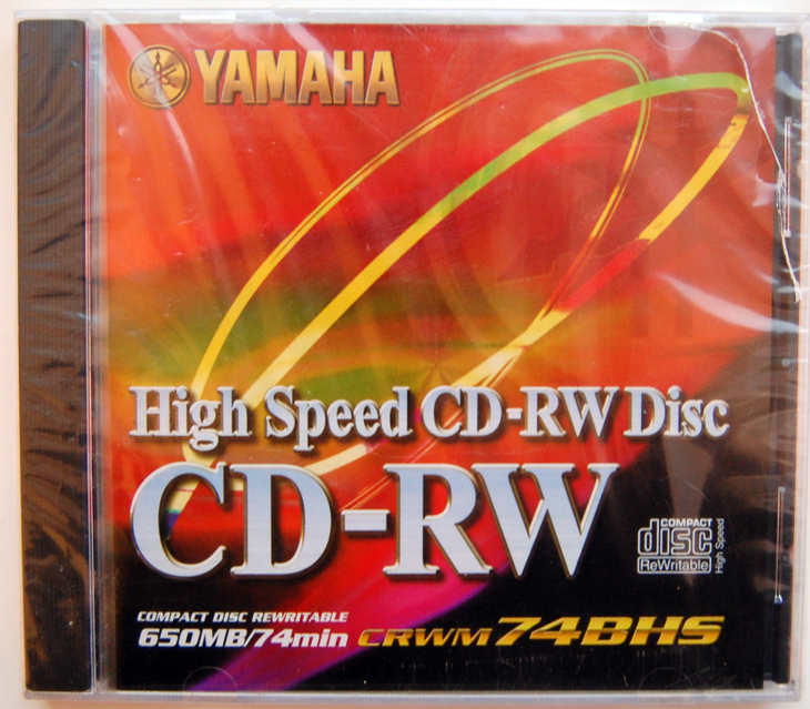 -001-yamaha-cd-rw-high-speed-650-mb-front.png