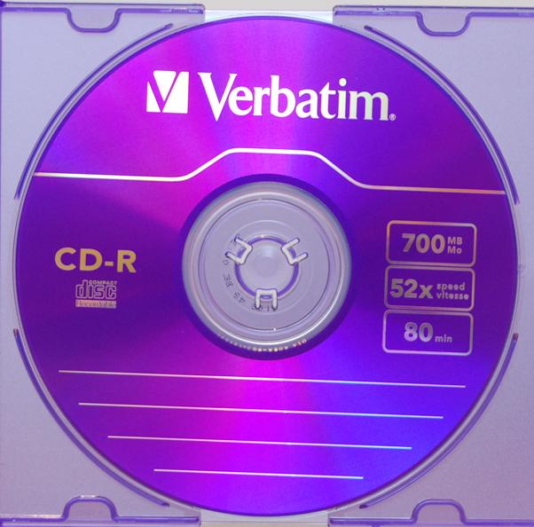-05-verbatim-cd-r-x52-700-mb-azo-colour-violett.png